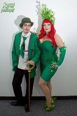 IMG_0466 (Neil Keogh Photography) Tags: red white black green shirt female comics dc vines shoes highheels pants cosplay tie suit jacket bowlerhat batman corset cosplayer dccomics riddler poisonivy girlskirt walkingcan salfordcomiccon2016