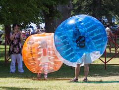 Battle of the Bubbles! (Jay:Dee) Tags: topw toronto photo walks topwdbrf16 dragon boat race festival game play bubble