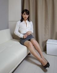 DSC07541 (mimo-momo) Tags: japanese ol crossdressing transvestite crossdresser crossdress tightskirt
