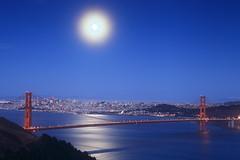 Moon over San Francisco (takuono) Tags: moon landscape goldengatebridge sanfrancisco night