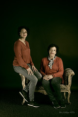 S1 (Doris Tichelaar) Tags: portrait daughters mothers photoproject daughterssons sightsphoto