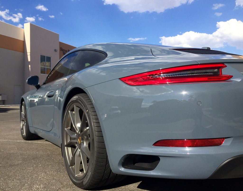 2016 Porsche 911 Carrera Graphite Blue Metallic