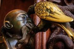 Very Gothic Door Knob (c-u-b) Tags: sculpture detail bronze gothic 19thcentury skulptur tschechien macabre kopf czechia makaber hluboknadvltavou mnnerkopf schlosfrauenberg schlosshlubok