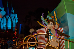 IMG_5681 (onnawufei) Tags: disney parade disneyworld wdw waltdisneyworld magickingdom chipanddale