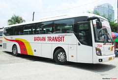 Bataan Transit 734 (Next Base™) Tags: bus model shot suspension space air engine location 45 number company transit area older chassis seating universe hyundai operation luxury cubao inc configuration provincial bataan capacity 2x2 720 734 d6abd kmjkj18bpsc