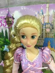 close up (Rodfhaii) Tags: doll disney rapunzel tangled