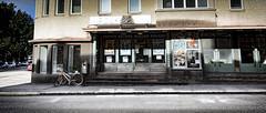 Lovisa Street View (Points-of-View) Tags: street door look bike marilyn town kino stair empty bio calm stare gata blick stad cykel katse lovisa drr ovi kekkonen kaupunki trappa katu loviisa affisch pyr biograf juliste lugn elokuvateatteri rappuset planch hiljainen