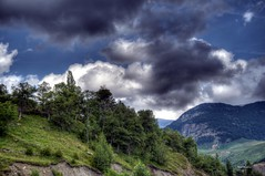 Before the storm (wsrmatre) Tags: espaa naturaleza mountains nature landscape spain huesca paisaje paysage espagne montaas osca montagnes pirineos pyrennes ericlpezcontini ericlopezcontini ericlopezcontinifoto ericlopezcontiniphoto ericlopezcontiniphotography wsrmatrephotography wsrmatre