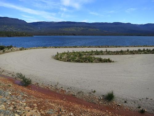 Meander Dam 07 - Zen parking lot