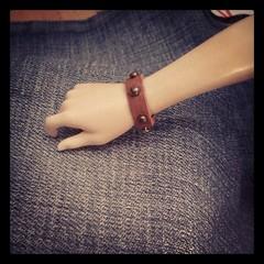 #Minifee #bracelet #Suede #miniature (Ale Style4Bjd) Tags: square miniature doll handmade jewelry squareformat bracelet sutro bjd accessories abjd msd forniture mnf latiyellow iphoneography jewelrybjd instagramapp uploaded:by=instagram