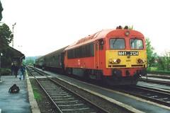 MAV M41 2124, Esztergom, 22-04-99 (afc45014) Tags: mav esztergom m41 m412124