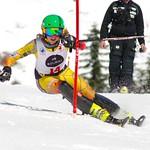 Antonia Wearmouth racing SL.              PHOTO CREDIT: Gordon Kwong