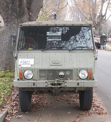 Pinzgauer front, 6x6 high mobility truck Steyr Puch DSC_0525 (wbaiv) Tags: green 6x6 car truck austria high model automobile quiet offroad suburban top military 4 olive canvas crosscountry transportation ag cylinder land vehicle motor graz retired puch mobility steyr aircooled pinzgauer softskin 712 steyrdaimlerpuch highclearance pinzi reductiongear everywheel