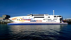 Condor Vitesse final day in weymouth (markconnell) Tags: travel sea holiday ferry seaside ship transport dorset catamaran m8 condor shipping weymouth ferries htc condorferries markconnell htcm8
