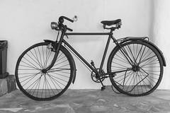 Eivissa 00281 (Sebas Adrover) Tags: espaa bicycle architecture spain arquitectura mediterranean bicicleta ibiza es eivissa antiguo antic mediterrneo baleares balearicislands balearic balears illesbalears mediterrani sxvi eivissenc puigdemissa santaeulriadesriu santaeulria