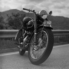 (Laszlo_Gerencser) Tags: classic 120 film car bike rollei analog zeiss austria cm mc 200 motorcycle karl oldtimer medium format analogue asa 88 kiev wachau arax 2880 biometar weissenkirchen digibase
