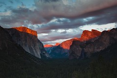 glowing (Andy Kennelly) Tags: alpenglow glow yosemite tunnel view sunset trees el capitan national park california clouds