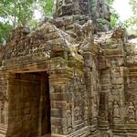 West gate of Ta Som temple near Siem Reap, Cambodia thumbnail