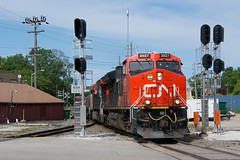 CN3027SignalsWaukeshaWI6-12-16 (railohio) Tags: cn trains waukesha wisconsin signals j3 061216 et44ac tier4 canadiannational