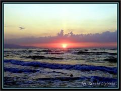 Zachd soca (Renata_Lipiska) Tags: sunset sea sky cloud water clouds landscape outdoor dusk woda widok morze chmury niebo zachdsoca zmierzch islandofcrete renatalipiska wyspakreta