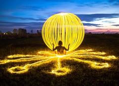 Ommm... (Nikolas Fotos) Tags: longexposure lightpainting orb sphere lichtmalerei lightart longexposurephotography llightpainting lightpaintingphotography peintureclaire