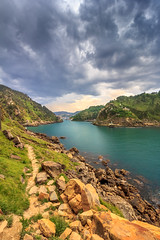 suivez le chemin (flo40140) Tags: ocean sea sun water canon landscape soleil spain eau promenade uga 1018 paysage espagne paysbasque grandangle canon60d pasaa