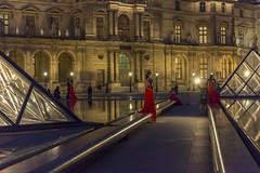 DSC_2513 (Mathieu Rougnon) Tags: wedding sunset paris night french nikon europe shooting capitale mariage monuments pyramide lelouvre parisian d800 parisien pyramidedulouvre nikkor2470mmf28