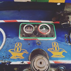 Spot The Secret Da Vinci Codes (Mayank Austen Soofi) Tags: auto hole secret delhi spot da shiva vinci walla the codes