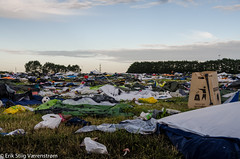 Festival trash #3 (The Stiig) Tags: trash tent festival2016 denmark roskilde chaos leftovers dyreskue garbage bin regionzealand dk