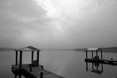 Absolute Stille am See (baumpaul) Tags: steg nacht stille see wasser hainer leipzig anleger sonne monochrome langzeitbelichtung fuji nebel