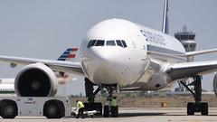 CFR2333 SQ B777-312(ER) 9V-SWB (Carlos F1) Tags: nikon d300 aircraft airplane aeroplane aeronave avin transporte transport spotter spotting bcn lebl machine 9vswb singapore airlines sq boeing b777312er b777312 b777300er b777300 b773 b777 777 773 777300 777312 777312er extended range elpratdellobregat barcelona spain