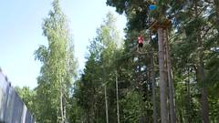 Seikkailupuisto 2 (neppanen) Tags: suomi finland helsinki tali zippy kiipeily seikkailupuisto kysirata discounterintelligence liuku sampen helsinginkilometritehdas pivno46 reittino46 reitti46 piv46