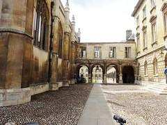 University of Cambridge (bernarou) Tags: old uk inglaterra cambridge england architecture university arch britain united great kingdom gran cambridgeshire bretaa