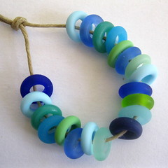Large Hole Glass Beads (Beth Singleton) Tags: etched glass beads handmade lampwork artisan sra beadcharms largehole bigholebeads braceletbeads beadsliders
