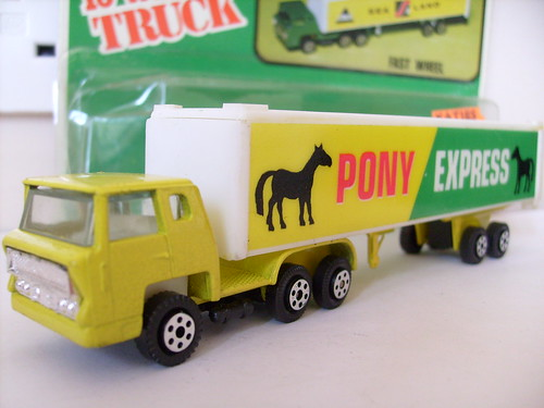 YATMING BERNARD ARTICULATED TRUCK NO3 PONY EXPRESS MAJORETTE COPY 1/64
