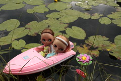 Lila and Venus on a unfortunate boat trip