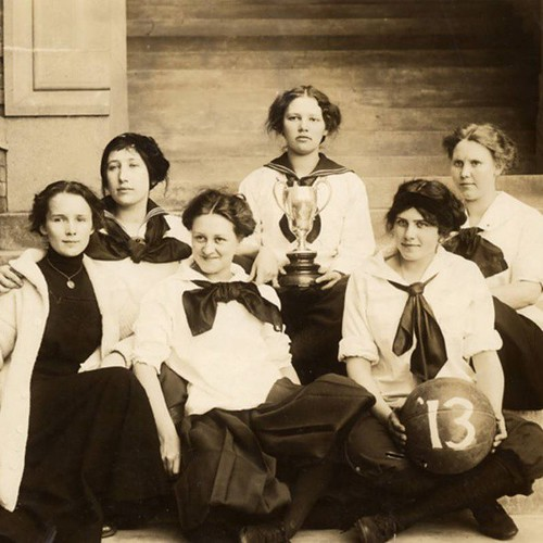 Going back 100 years for this #tbt shot of the seniors on our 1913 women's basketball team. Photo courtesy of WWU Special Collections.