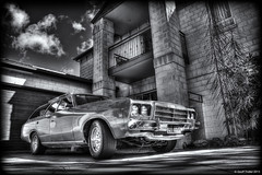 1979 Chrysler Safari (Geoff Trotter) Tags: old newzealand christchurch blackandwhite bw art monochrome canon safari nz chrysler 1979 hdr chch photomatix 50d canterburynz 3exp canon50d worldhdr chryslersafari geofftrotter stunningphotogpin 1979chryslersafari