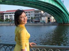 FAo-166 (panerai87) Tags: model vietnam pearl tet saigon ngo traditionaldress zizi aodai 2013 yaua omdem5 lumix1235f28 vision:outdoor=0873