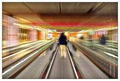 Percorriamo gli spazi .. viaggiamo nel tempo (Daniele Colantonio) Tags: trip travel paris viaggi tempo viaggio parigi spazio
