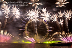 31st December 2013, London, UK. London welcomes in 2014 with world's first multi sensory fireworks display (noslen20) Tags: lighting millenniumwheel photography photo fireworks newyear southbank celebration newyearseve riverthames happynewyear pyrotechnics 2014 gbr fogodeartificio lightingdisplay newyearsevefireworks 2013 ukphotography edfenergylondoneye edflondoneye nelsonpereiraphotography newyearseve2013 anonovoemlondres happynewyear2014newyearsevefireworks vodafonesponsor foodscientistsbompasparr