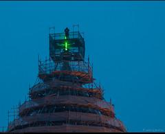Het nieuwe groene kruis is geplaatst.