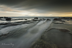 Versos de agua blanca. (Francisco J. Prez.) Tags: naturaleza nature night mar spain negro paisaje cielo panoramica nocturnas cdiz tarifa sigma1020mm pentaxart pentaxk5 franciscojprez