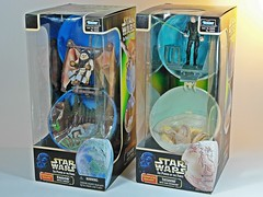 Star Wars – POTF – Complete Galaxy Series – Endo with Ewok & Tatooine with Luke Skywalker – Front (My Toy Museum) Tags: death star yoda luke ewok galaxy darth planet wars vader complete hasbro skywalker dagobah tatooine endo {vision}:{outdoor}=084