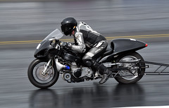 150 (Fast an' Bulbous) Tags: santa england bike race speed drag march spring pod nikon power gimp fast strip santapod straightliners d300s