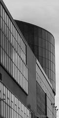 Antigua feria de muestras. Bilbao (Diego J. Escolano) Tags: espaa building architecture spain arquitectura bilbao euskadi diegoescolano