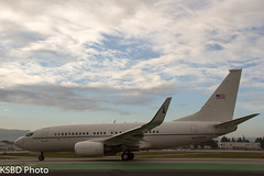 02-0201 USAF United States Air Force Boeing C-40C (737-7CP(BBJ)) DC National Guard (KSBD Photo) Tags: dc airport force bur air united guard national burbank states boeing usaf bobhope 020201 c40c kbur 7377cpbbj