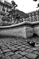 Fontana del Tritone per CleanRome (luporosso) Tags: italy rome roma fountain garbage italia dirt fontana immondizia carelessness tritonfountain sporcizia incuria citteterna eternalcity incivilt fontanadeltritone incivility abandonedbottle cleanrome bottigliaabbandonata
