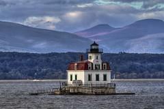 Esopus Lighthouse Hudson River New York State (Chip Renner) Tags: lighthouse newyork historic hudsonriver hudson hdr photomatix