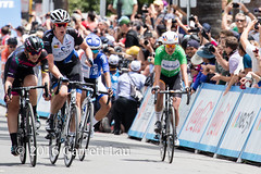 Kirsten Wild Wins (Garrett Lau) Tags: bicycle cycling women racing finish winner sacramento amgen criterium stage4 2016 circuitrace tourofcalifornia mariannevos kirstenwild lisabrennauer womenscircuitrace sacramentocircuitrace amgenbreakawayfromheartdiseasewomensrace